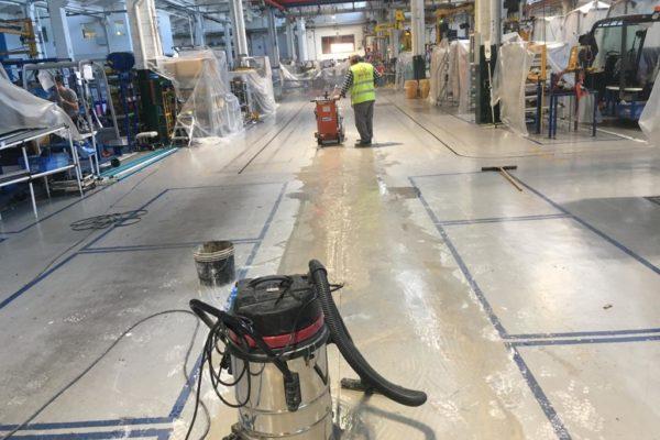 Taglio pavimentazione industriale