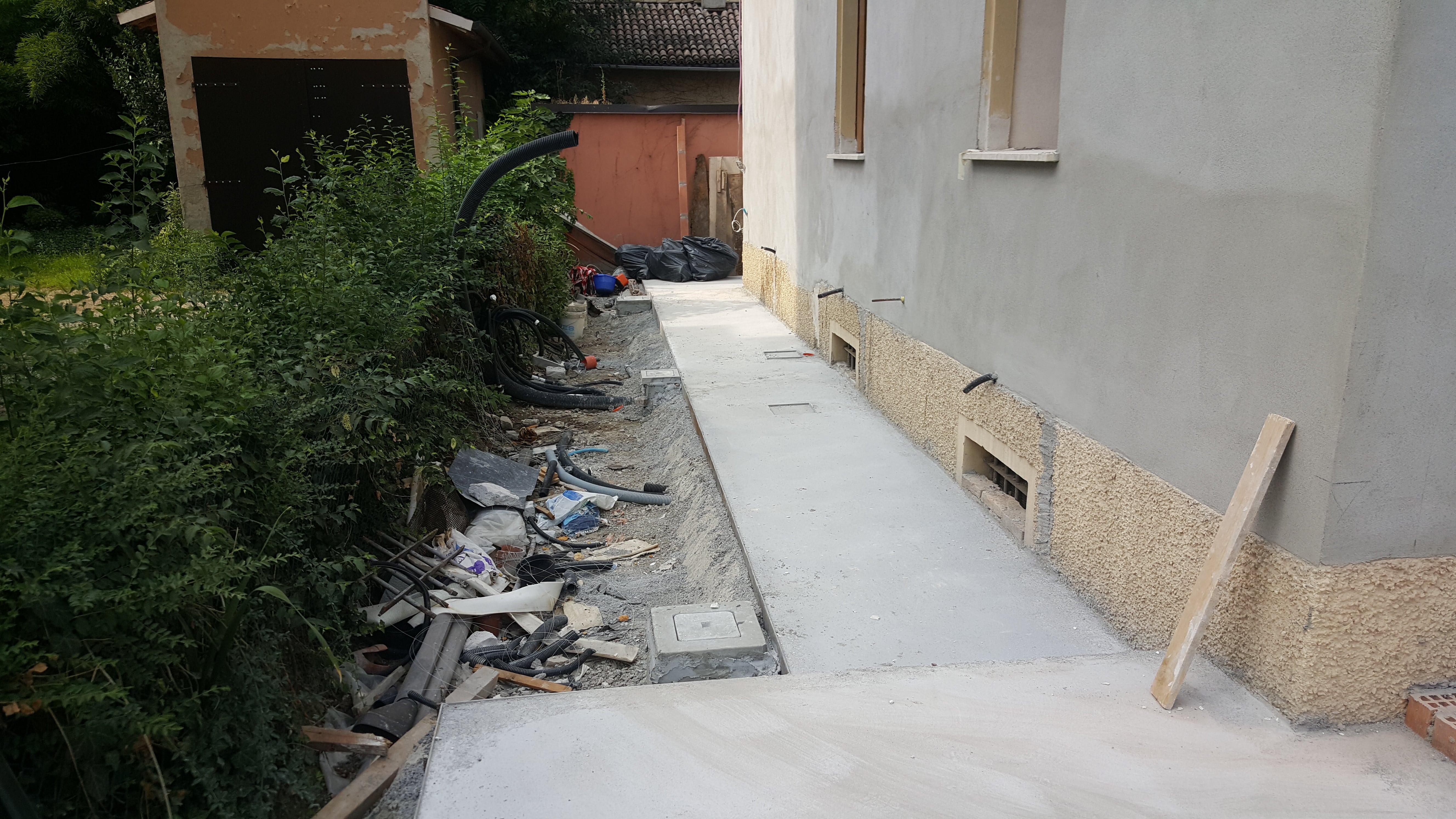 Ristrutturazione casa reggio emilia, marciapiede